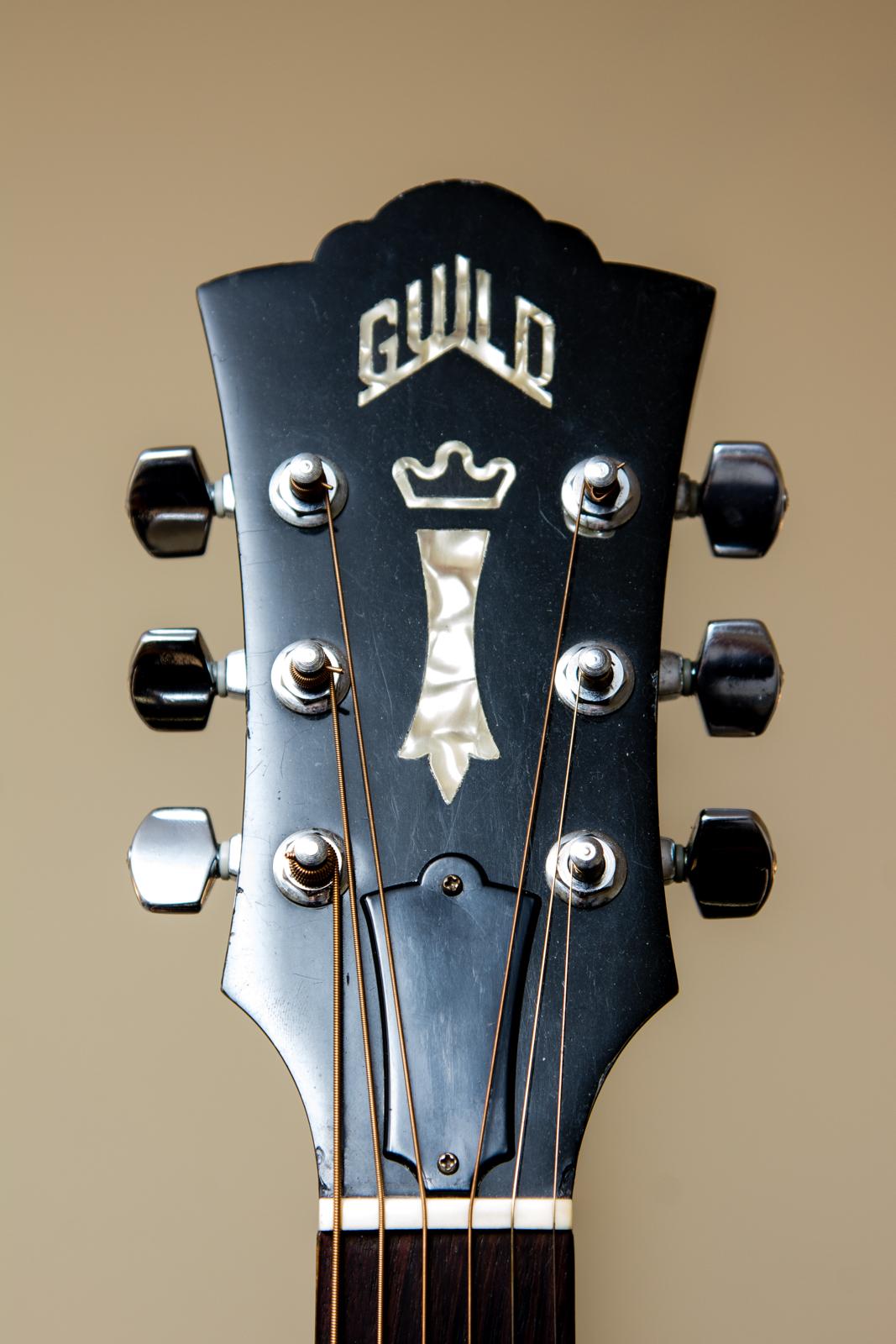Sold 1982 Guild D40 Acoustic W Hsc